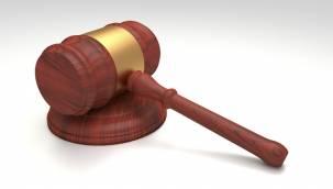 Anayasa Mahkemesi, Emeklilik Başvurusu İçin İşten Ayrılma Şartını İptal Etti